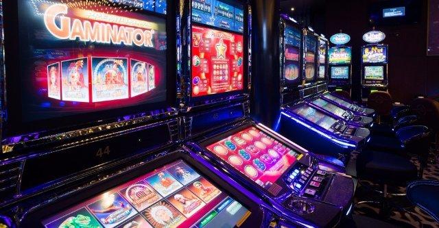 Игровые аппараты на деньги в казино Вулкан