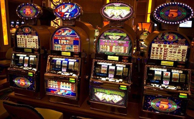 Как быстро выиграть легкие деньги в казино Вулкан?
